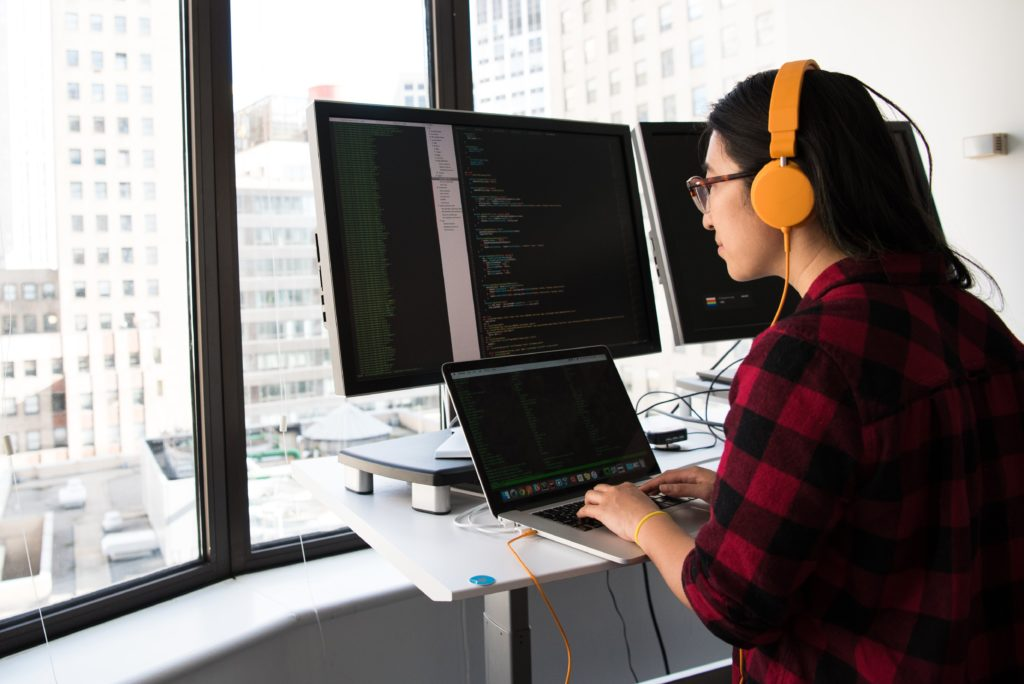 how to become a software developer without a degree by Christina @ woc in the chat on Unsplash